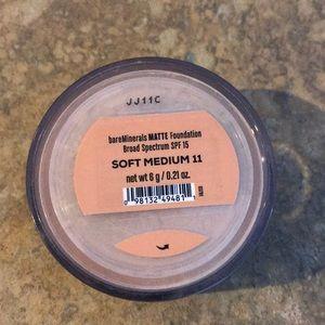 BareMinerals Matte Powder Foundation Soft Med
